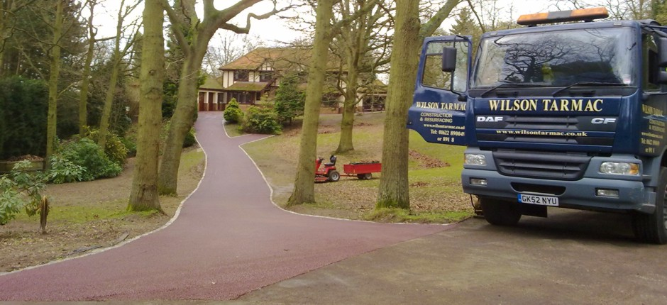 Wilson Tarmac road contractors in Kent, tarmac and shingle driveways in Kent.